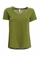 Defacto Kadın Yeşil V Yakalı Kısa Kollu T-Shirt K1507AZ.20SP.GN89