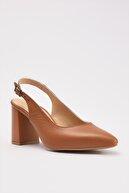 Hotiç Hakiki Deri Beyaz Kadın Klasik Topuklu Ayakkabı 01AYH205110A370