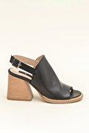 Elle PATRA Hakiki Deri Siyah Kadın Sandalet