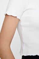 Pull & Bear Kıvrımlı Kenarlı Basic T-Shirt