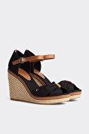 Tommy Hilfiger Kadın Siyah Dolgu Topuklu Ayakkabı Iconıc Elena Sandal FW0FW00905