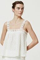 Yargıcı Kadın Kırık Beyaz Brode Askılı Bluz 0YKGM6130X