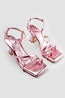 Limoya Kadın  Pembe Parmak Arası Topuklu Sandalet