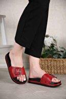 Ccway Kadın Kırmızı Toka Kemerli Terlik Cilt