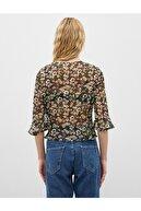 Koton Kadın V Yaka Kruvaze Çiçek Desenli Uzun Kollu Bluz