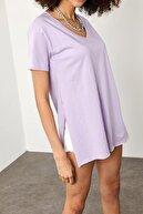 Xena Kadın Lila Yırtmaçlı V Yaka Oversize T-Shirt 1YZK1-11695-26