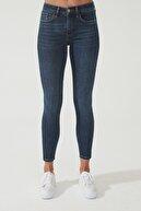 CROSS JEANS Kadın Naomi Koyu Taş Yıkama Normal Bel Skinny Jean Pantolon C 4526-007 C 4526-007