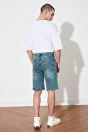 TRENDYOL MAN Lacivert Erkek Destroylu Normal Bel Slim Fit Denim Şort & Bermuda TMNSS21SR0450