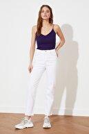 TRENDYOLMİLLA Beyaz Yüksek Bel Straight Jeans TWOSS21JE0651