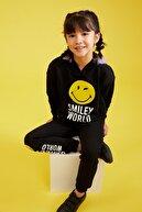 Defacto Kız Çocuk Smileyworld Lisanslı Kapüşonlu Sweatshirt