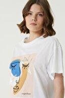 Network Kadın Basic Fit Beyaz Baskılı Basic T-shirt 1079543