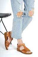 RİKEL DERİ Kadın Taba Hakiki Deri Dolgu Topuklu  Sandalet Rkl-0111