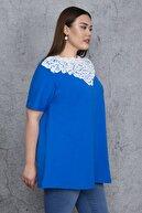 Şans Kadın Saks Yakası Dantel Ve Taş Detaylı Bluz 65N23928