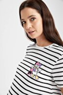 Defacto Kadın Beyaz Çizgili Mickey Mouse Lisanslı Bisiklet Yaka Hamile T-Shirt