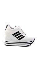 Bambi Beyaz Siyah Kadın Sneaker K01671625009