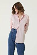 Network Kadın Geniş Fit Kırmızı Beyaz Çizgili Gömlek 1079832