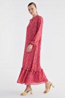 TRENDYOL MODEST Kırmızı Fırfırlı Tesettür Elbise TCTSS21EL3353