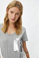 Koton Kadın Gri T-Shirt 1YAK13190GK