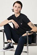 Lee Kadın Siyah Kısa Kollu %100 Pamuk Logolu Sıfır Yaka Tişört