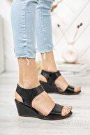 Deripabuc Hakiki Deri Siyah Kadın Dolgu Topuklu Deri Sandalet Dp38-1130
