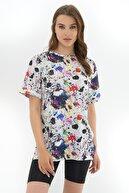 Pattaya Kadın Beyaz Yırtmaçlı Oversize Kısa Kollu Tişört P21s201-2121