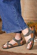 McDark Kadın Haki Nubuk Parmak Arası Sandalet
