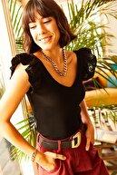 Olalook Kadın Siyah Ön Arka V Omuzu Fırfırlı Triko Bluz BLZ-19001097
