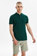 TRENDYOL MAN Zümrüt Yeşili Erkek Hakim Yaka Kısa Kollu Slim Fit Polo Yaka T-shirt TMNSS21PO0036