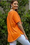 Chiccy Kadın Turuncu Çiçek Buketi 3D Nakışlı Düğme Detaylı Salaş Dokuma Bluz M10010200BL95280