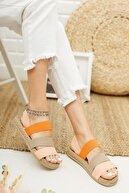 Ekol Ayakkabi Kadın Pembe Lastikli Sandalet