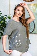 Chiccy Kadın Haki Papatya Pul Nakışlı Düğme Detaylı Salaş Dokuma Bluz M10010200BL95274