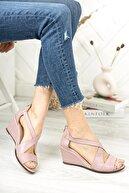 Deripabuc Hakiki Deri Lila Kadın Dolgu Topuklu Deri Sandalet Dp38-0115