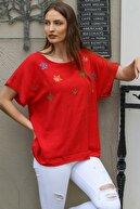 Chiccy Kadın Kırmızı Kayık Yaka Çınar Yaprakları Nakışlı Pul Detaylı Oversize Dokuma Bluz M10010200BL95355