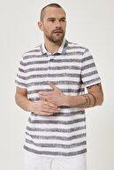 Altınyıldız Classics Erkek Beyaz-Gri Polo Yaka Cepsiz Slim Fit Dar Kesim Desenli Tişört