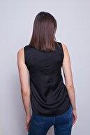 Jument Kadın Siyah Dokuma Parlak Kumaş Bluz