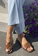 İnan Ayakkabı Kadın Taba Çaprazlama Bant Detaylı Terlik