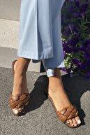 İnan Ayakkabı Kadın Taba Örgülü Bant Detaylı Terlik