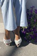 İnan Ayakkabı Kadın Beyaz Plise Detaylı Terlik