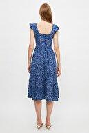 TRENDYOLMİLLA Lacivert Çiçek Desenli Elbise TWOSS20EL3331