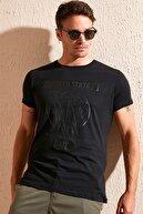 Buratti Erkek Siyah Ön Beden Baskılı Bisiklet Yaka Pamuklu T Shirt 54106