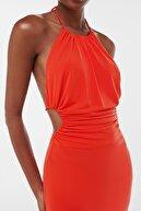Bershka Sırt Dekolteli Ve Yanları Pencere Detaylı Midi Elbise
