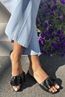 İnan Ayakkabı Kadın Siyah Plise Detaylı Terlik