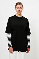 TRENDYOL MODEST Siyah Renk Bloklu İçten T-shirt Çıkmalı Örme Tesettür Tunik TCTSS21TN0348