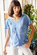 Olalook Kadın İndigo Kuş Baskılı Payet Detaylı Salaş Bluz BLZ-19000986