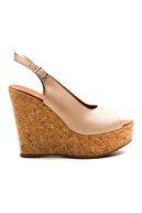 Ataköy Ayakkabı Kadın Deri Dolgu Topuk Sandalet