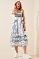 Happiness İst. Kadın Mavi Beyaz Bağlamalı Askılı Desenli Yazlık Viskon Elbise DD00933
