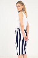 EMJEY Kadın Lacivert - Beyaz Çizgili Uzun Kalem Etek She2019010080