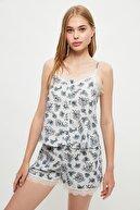 TRENDYOLMİLLA Çok Renkli Yaka Detaylı Pijama Takımı THMSS21PT0852