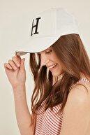 Y-London 14087 H Harfli Beyaz Kep