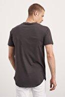 Tarz Cool Erkek Antrasit Pis Yaka Salaş T-shirt